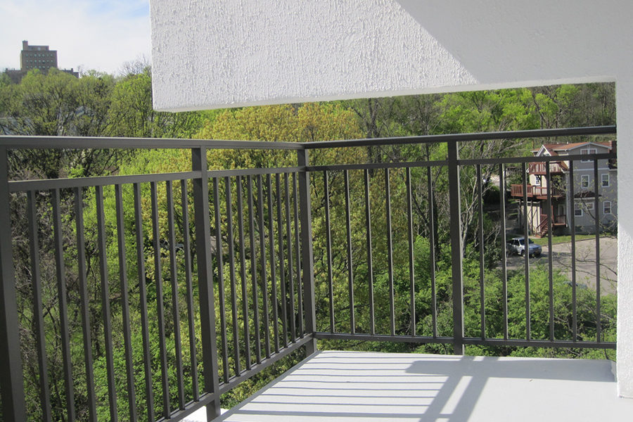 New Kingston House balcony railings, installed and reinforced by SSRG